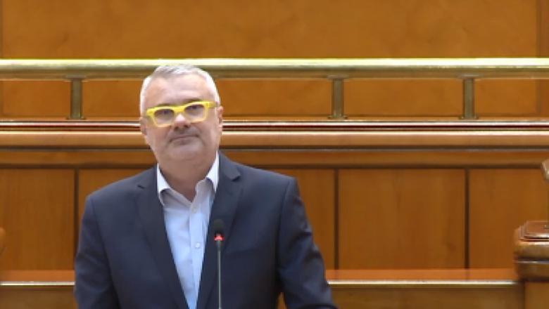 """Ion Cristoiu: Moţiunea de cenzură trece! """"În spatele Vioricăi Dăncilă cred că e un Liviu Dragnea, dar cu epoleți...Nu vă luați după aritmetica parlamentară, dacă e un..."""" 2"""