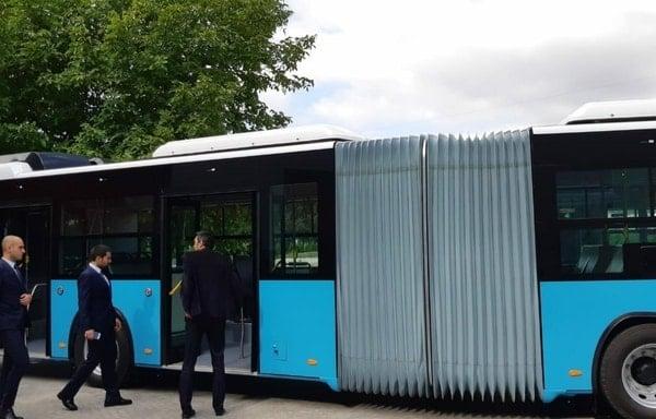 (Foto) Autobuze noi la București, Cluj și Brașov. Care sunt mai frumoase? 2