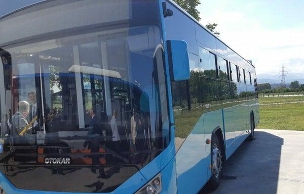 (Foto) Autobuze noi la București, Cluj și Brașov. Care sunt mai frumoase? 9