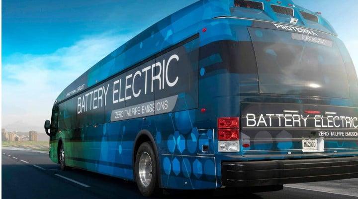 Premieră în România. Autobuze electrice care se încarcă din mers şi au o autonomie remarcabilă. Primul oraș care le cumpără 1
