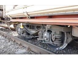 """(Video) Tudor Benga: """"Ce se întâmplă cu calea ferată în țara asta este o tragedie și o rușine națională! Sâmbătă,  din nou, un vagon deraiat...din păcate este doar o chestiune de timp până ce vom avea și un nou incident cu victime. Deși am ..."""" 43"""