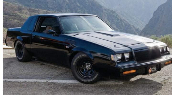 """Un român a cumpărat 4 maşini folosite în celebrul film Fast and Furios. """"Buick Grand National, mașină condusă de Vin Diesel ...Este originalul din film. Nu are nicio modificare față de cum a fost. Are inclusiv microfoanele de fond..."""" 1"""