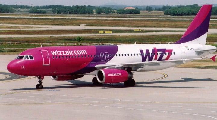 Nu uita! Wizz Air, din octombrie, nu va mai percepe un tarif adiţional pentru bagajul mare de mână 2