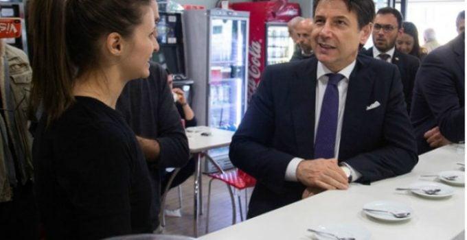 (Video) Românca din Italia care a înfruntat Mafia, vizitată de premierul Giuseppe Conte. Premierul României, Viorica Dăncilă, are curaj să-i facă o vizită româncei? 3
