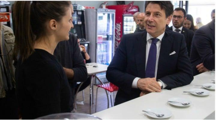 (Video) Românca din Italia care a înfruntat Mafia, vizitată de premierul Giuseppe Conte. Premierul României, Viorica Dăncilă, are curaj să-i facă o vizită româncei? 1