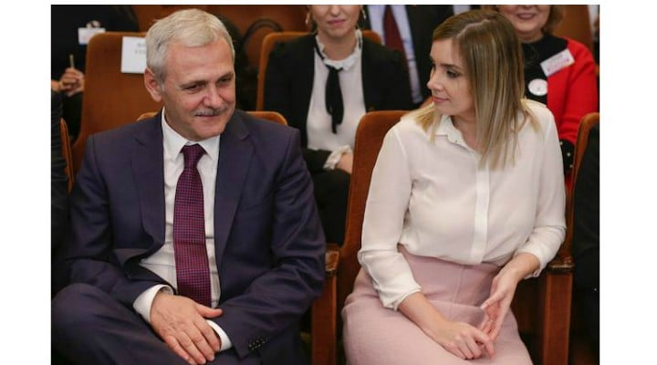 """Elena Vijulie: """"Multe lucruri s-au spus despre iubita lui Liviu Dragnea aşezată la Congres între primarul Capitalei şi ministrul de Interne ... În cazul de faţă, cuplul nu a apărut împreună în mod constant la evenimente publice ...Aşa ceva se întâmplă în ierarhiile de..."""" 1"""