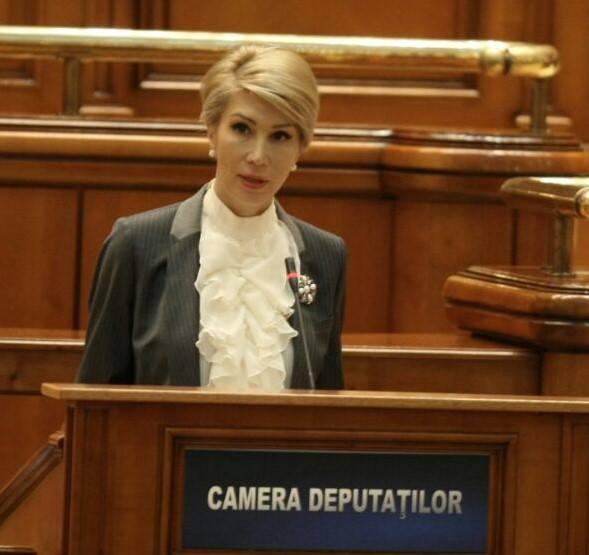 """Raluca Turcan: Iohannis a blocat planul diabolic al PSD. """"Dacă Președintele refuza propunerea PSD, Dragnea venea tot cu ..."""" 1"""