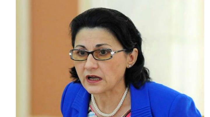 Ministrul Educației vrea ca elevii di România să nu mai meargă la școală de la ora 8.00 1