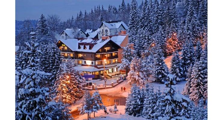 Preţuri uriașe la pachetele turistice de Revelion în Poiana Başov. Sub 500 de euro nu există 15