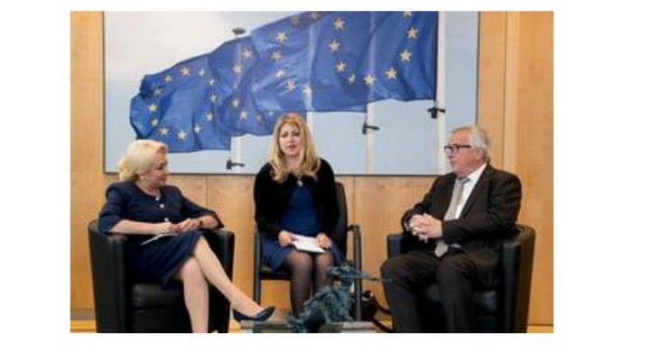 """Viorica Dăncilă, după 10 ani de europarlamentar la Bruxelles, are nevoie de translator. Ramona Strugariu: Doamne, parca o vad: """"Dear, aaa, Jean-Claude, asta, cum sa.., nu Van Damme, pfa, dear Jane, MCV, bad, go away. Prosecco, asta, prosecutors, mean people. Code penal, not treaba ta. Iohannis, aaa, German spy, yes. If problem, don't talk to..."""" 1"""