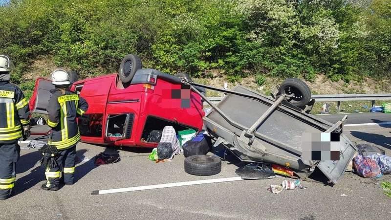 Accident. Dubă cu 8 români răsturnată pe o autostradă din Germania 2