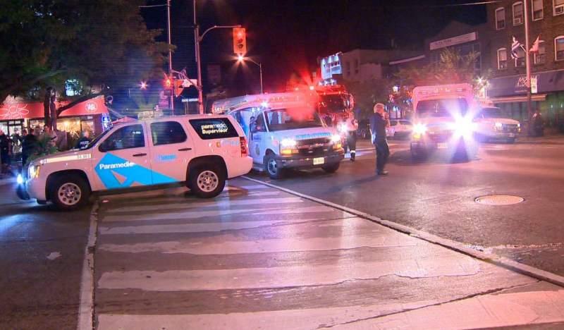 Atac armat în Canada! Cel puţin 10 oameni, între care şi un copil, împuşcaţi în faţa unui restaurant din Toronto 1
