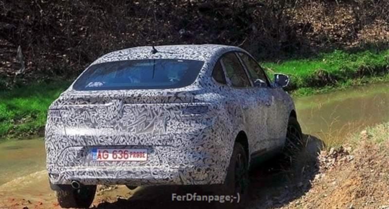 Foto spion. Dacia Arkana ar putea fi noul SUV Coupé produs la Mioveni 2