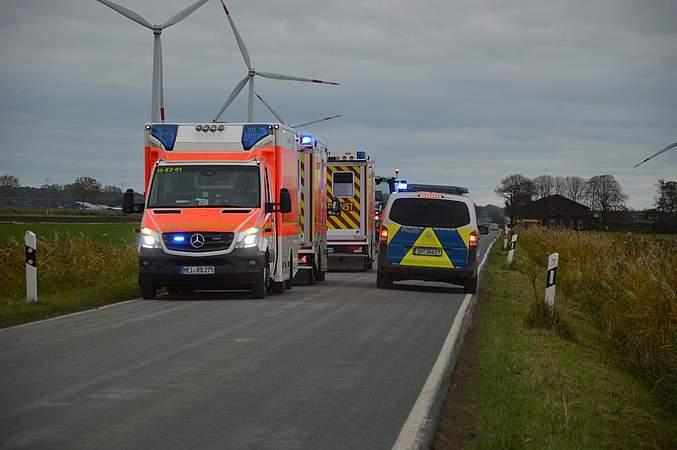 (Foto) Accident Grav! Microbuz cu 12 români răsturnat în Germania, într-un șanţ cu apă 3