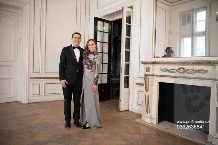 """(Foto) Principele Nicolae al României: """"Un album foarte frumos cu Alina-Maria Binder!"""" Le stă bine celor doi tineri căsătoriți? 7"""