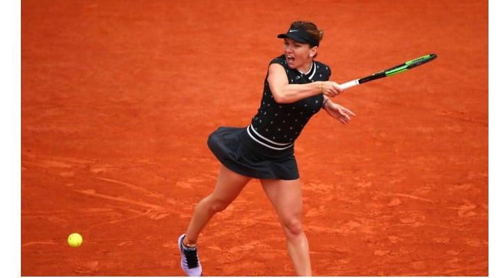 Succes!  Simona Halep luptă astăzi pentru semifinalele la Roland Garros. Ora partidei 1