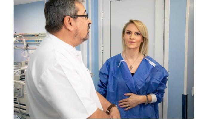 (Foto) Primarul Gabriela Firea a făcut publice fotografii cu sârma care i-a fost găsită în colon 1