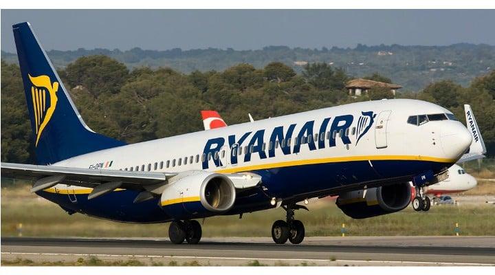"""Româncă, supărată foc pe Ryanair: """"Cum sa ceri tu taxa de modificare nume 160 euro cand biletul a fost atat?!?!? ... Nici nu ma mai lasa sa intru la poarta de prioritate, car ditai geamantanul pe scari sus-jos; nici nu ma..."""" 1"""