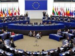 România, probleme cu fondurile europene. Parlamentul European a votat oprirea plăților către ţările cu probleme la statul de drept. Din cauza unuia ca Tudorel Toader, Florin Iordache sau Eugen Nicolicea România va pierde fondurile europene 9