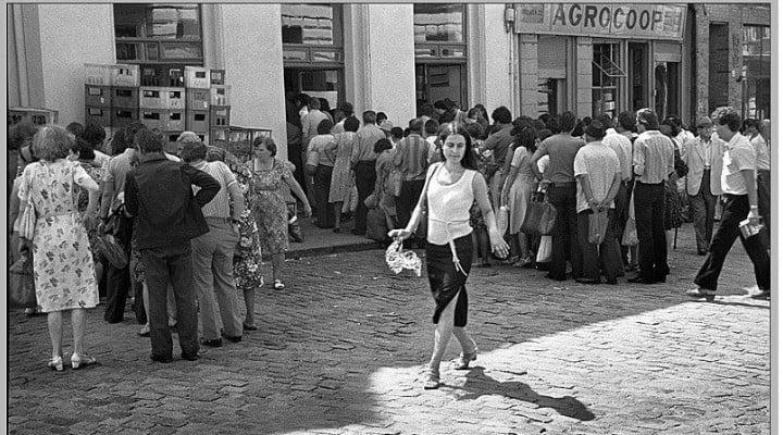 """Economistul Bogdan Glavan: """"În Venezuela lumea face foamea. În Coreea de Nord lumea face foamea. În România sub Ceaușescu făceam foamea. Foametea pică din cer? Nu. Socialismul = transformarea oamenilor în ..."""" 1"""