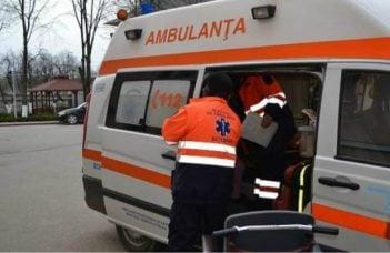 Un bărbat din România a refuzat să facă vaccinul antigripal şi a murit când să se urce în ambulanţă 15