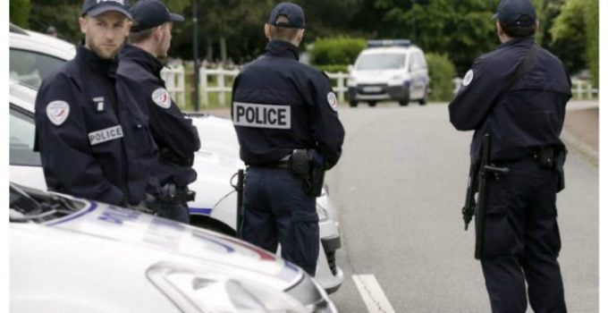 Gemene românce din Franța găsite moarte într-un parc din Paris 5