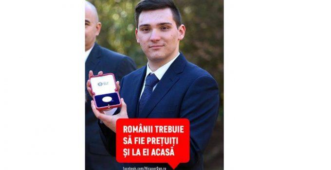 """Nicușor Dan: """"România are nevoie de astfel de oameni"""". Un tânăr român a fost premiat de Regina Marii Britanii pentru rezultate excelente la învățătură. Cornel Micu are 20 de ani și studiază Inteligența Artificială la Londra 15"""