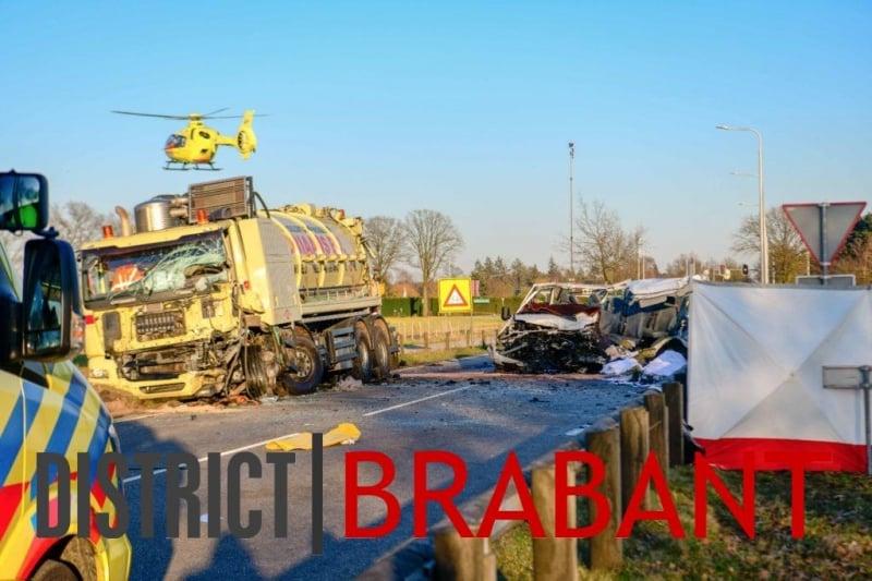 (Foto) Tragedie. 5 români au murit și alți 4 au fost răniți într-un grav accident de circulație produs în Olanda 1