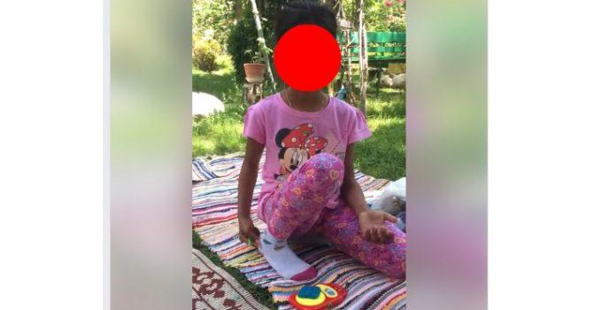 """(Video) Noi imagini cu Sorina. """"Face prajituri împreună cu mama ei și se joacă cu alți copii!"""" Mai vrei să fie luată de la părinții legali? 11"""