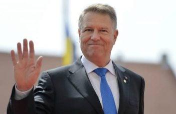"""Românii cinstiți au spus DA! Sebastian Lazaroiu: """"Rezultat referendum: 80% DA interzicerea amnistiei și grațierii pentru fapte de corupție (aprox. 6 milioane) 81% DA interzicerea OUG pe justiție (tot cam 6 milioane). Și cea mai răsunătoare prăbusire in 2 ani și jumătate de guvernare"""": 5"""