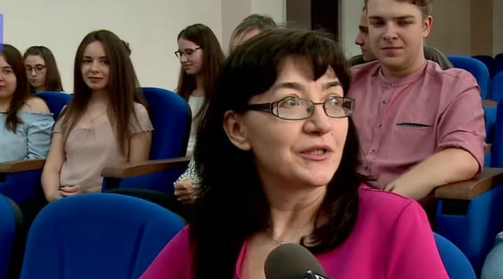 FELICITĂRI! Record la un liceu din România. Aproape toți elevii din două clase au fost admiși la facultăți de medicină cu medii peste 9 1