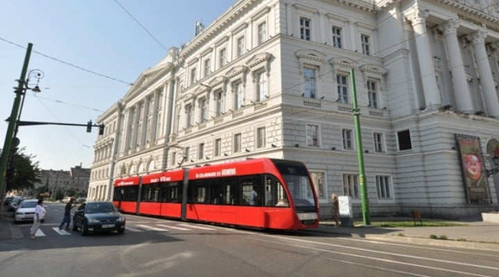 (Foto) Ce tramvaie a pregătit Astra Vagoane Arad pentru patru mari orașe din România, Cluj, Oradea, Arad și Galați 2